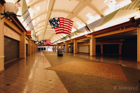 Cincinnati Mall / Cincinnati Mills / Forest Fair Mall