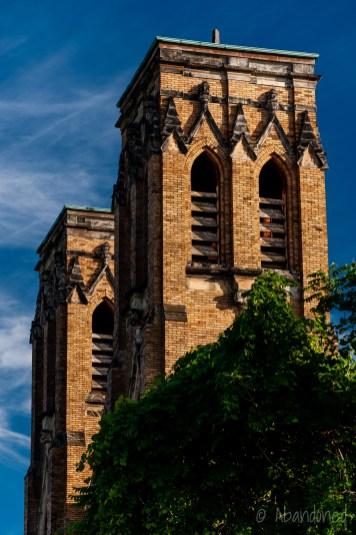 Holy Trinity Roman Catholic Church