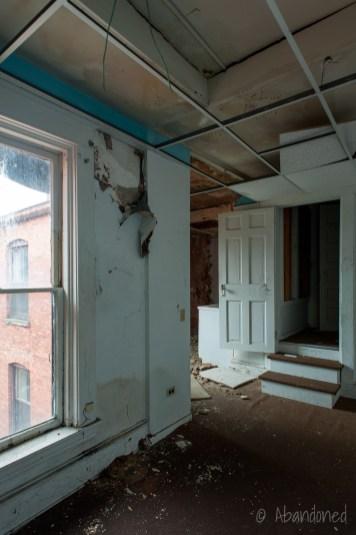 Waldo Hotel - Abandoned - Abandoned Building Photography