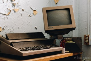 Creedmoor State Hospital Panasonic KX E700M Electronic Typewriter and KX-ED4 Displaymate Monitor