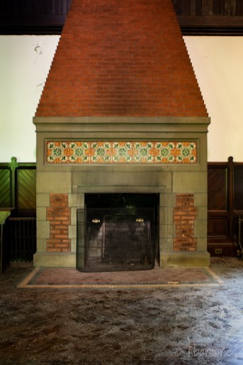 Tioronda Fireplace