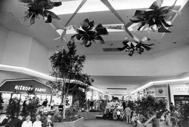 Euclid Square Mall Interior