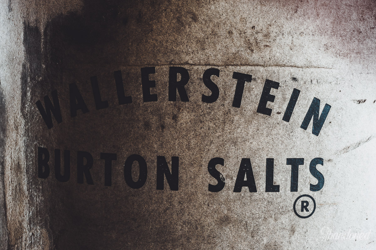 Hudepohl Brewing Company - Wallerstein Burton Salts Container