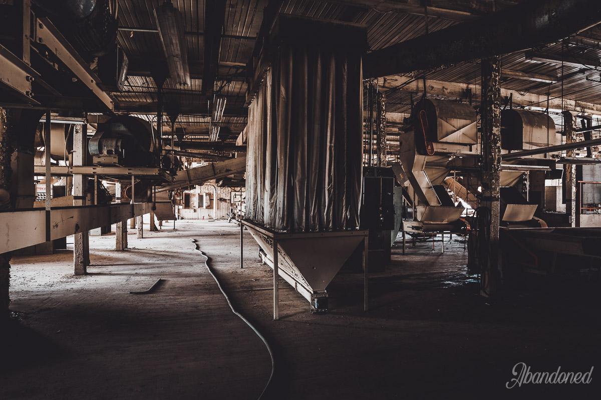 Parker Tobacco Company Interior