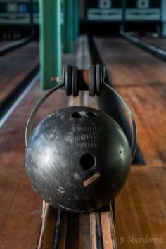 Ebonite Tornado Bowling Ball