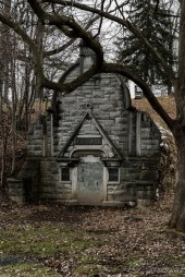 Oakwood Cemetery Gussman Mausoleum