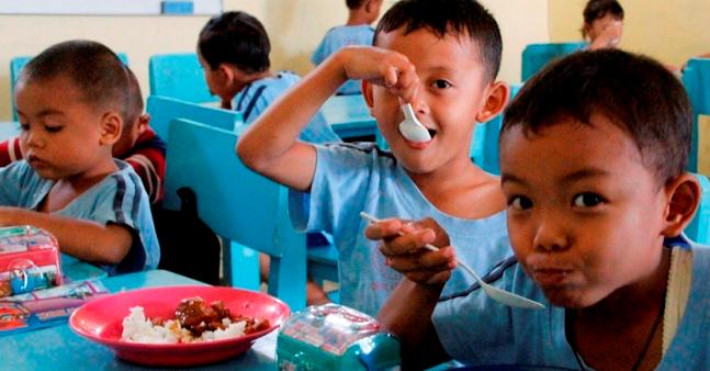Penyebab dan Solusi Anak Susah Makan