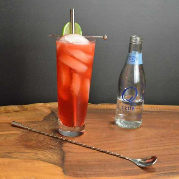 Blackberry and Black Pepper Collins