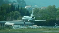 Falcon 2000 (F2TH) landing