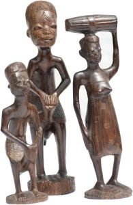 Author: MatthiasKabel, Wikipedia Commons Makonde carving c.1967