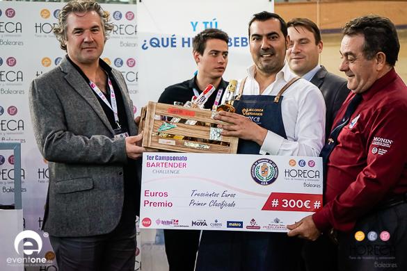 Felipe Daviu Campeón del 1er Campeonato de Bartenders Challengen