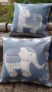 Cojines hechos a mano, arte en batik para la decoración