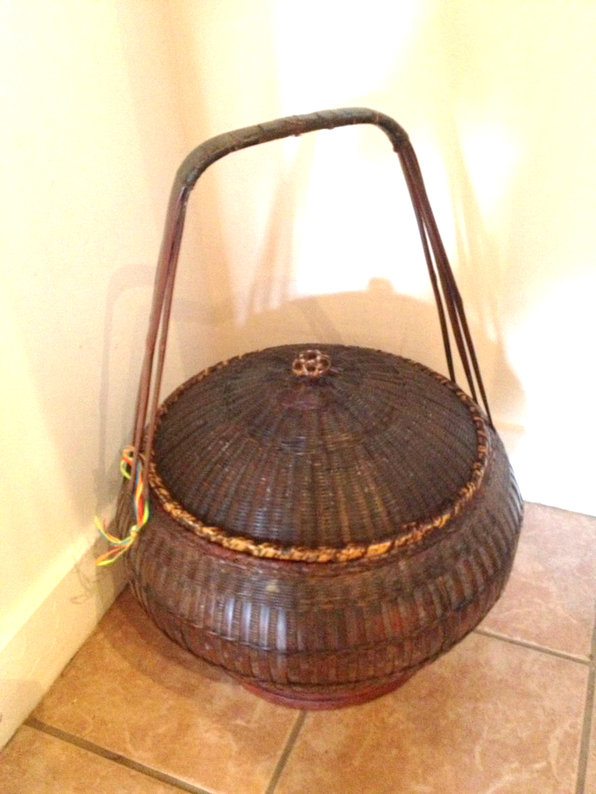 hand woven chinese basket