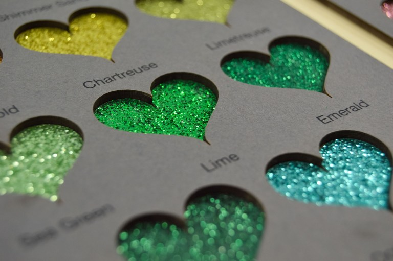 intense glitter hearts