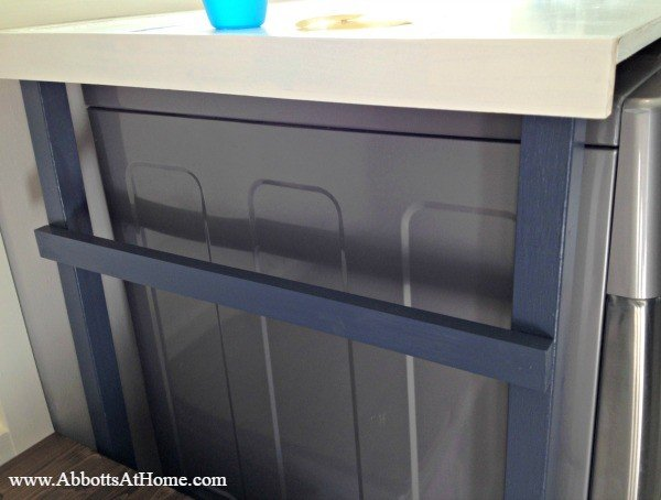 build this diy laundry table for just 85 this laundry table hides that ugly gap