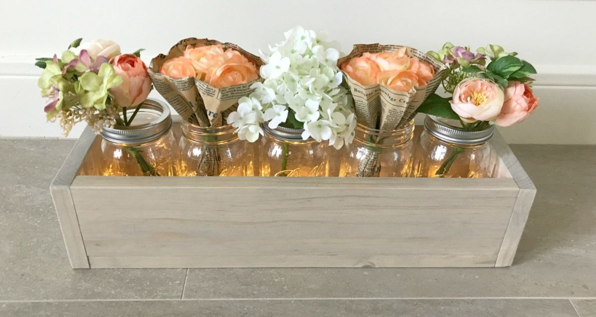DIY this 5 Mason Jar Planter Box, just $6.50