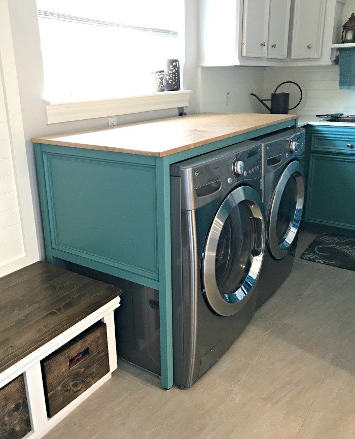Free Plans For This Over Washer And Dryer DIY Laundry Table. This Simple  Build Hides