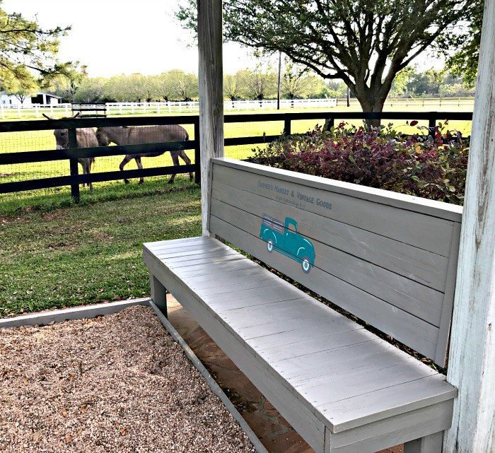 DIY Rustic Farmhouse Outdoor Bench - Abbotts At Home