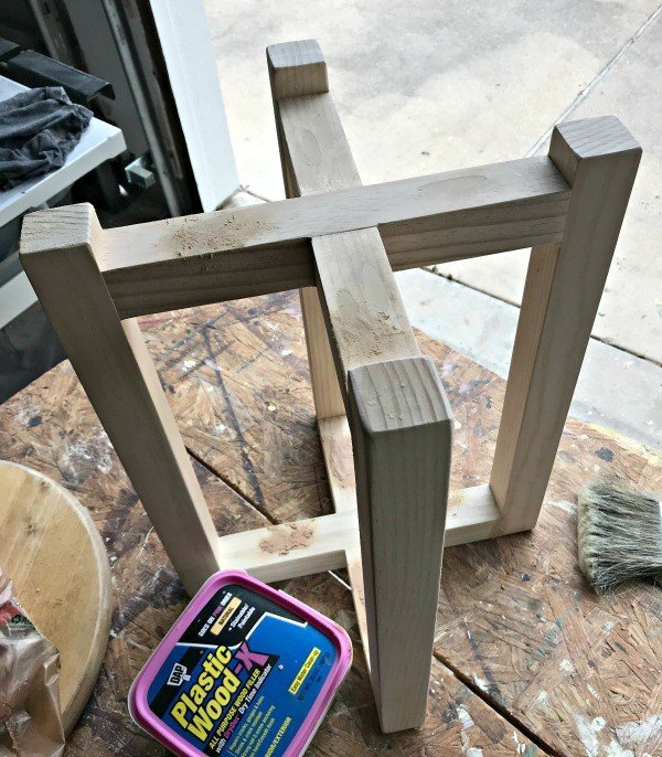 Building a stool or table base from Pine 2x2's. And filling pocket holes with wood filler. For DIY Easy Stool Seating.