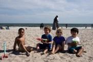 pose avec mes copains après notre bataille contre l'océan