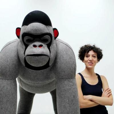Gorila+y+mariela