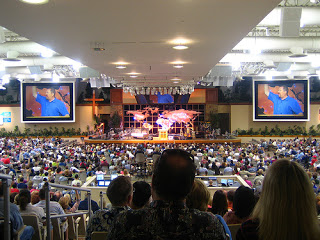 in the risers at Saddleback Church, Lake Forest, California