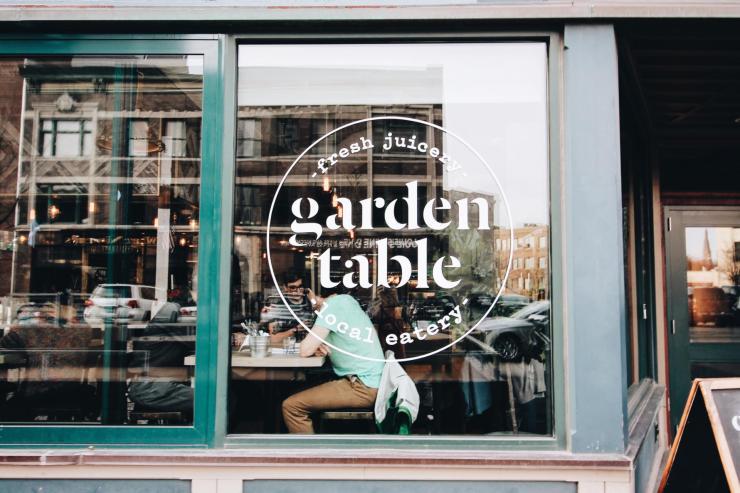 indianapolis garden table