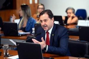 Relator, Acir Gurgacz defendeu aprovação do projeto apresentado por Irajá. Foto: Marcos Oliveira/Agência Senado