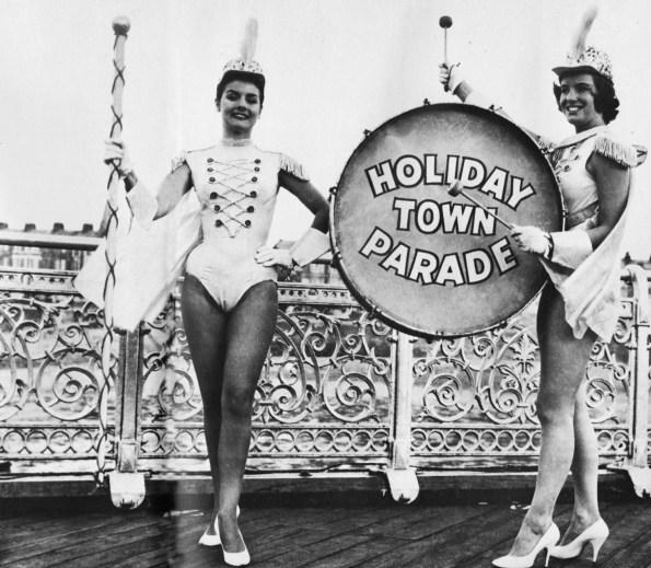 'Holiday Town Parade'