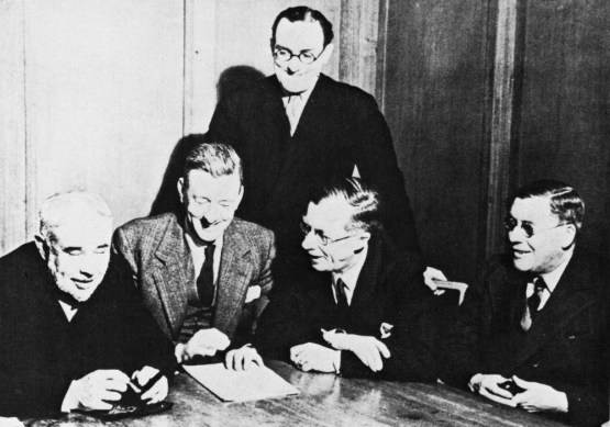 'The Brains Trust': CEM Joad, Donald McCullough, Howard Thomas, Julian Huxley, AB Campbell
