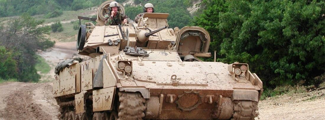 Tanque Bradley en Fort Hood por Gil Eckrich