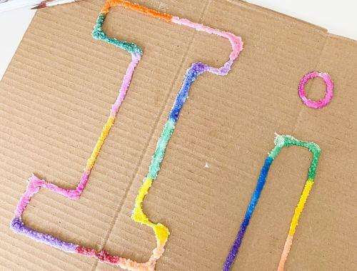 letter I Salt painting