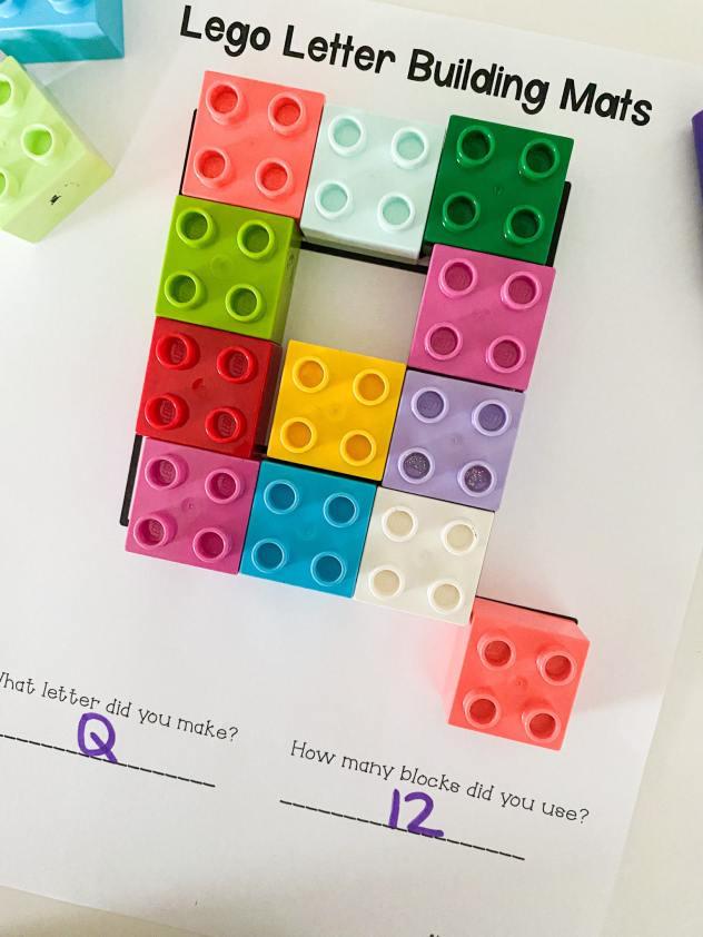 letter Q lego building