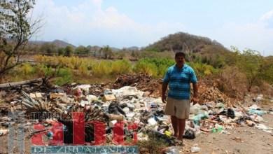 Photo of Habitantes de La Salitrera contaminan el río con su basura