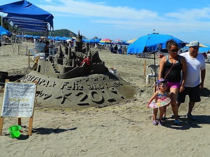 escultura-arena-playa-linda-ixtapa-.jpg
