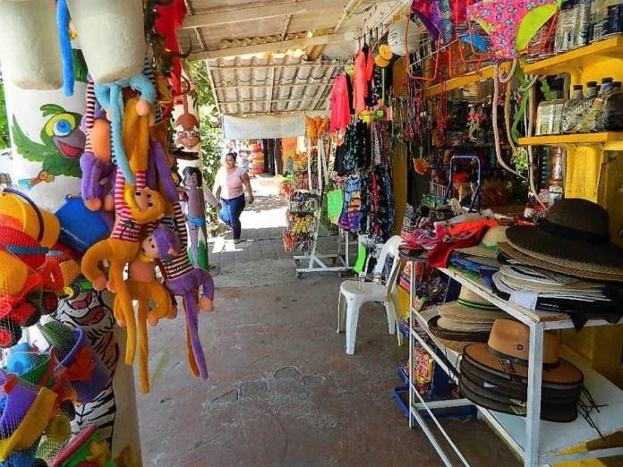 comerciantes-inconformes-zihuatanejo.jpg