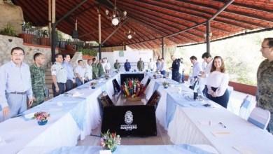 Photo of Gobernador Astudillo e integrantes de la Mesa para la Construcción de la Paz, dan puntual a las acciones que se realizan para evitar la propagación del #COVID19