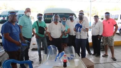 Photo of Bimbo en coordinación con el Estado y Municipio de Petatlán entregan equipo de protección a transportistas