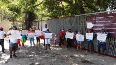 Photo of Vecinos de la periferia exigen despensas en el ayuntamiento de Acapulco