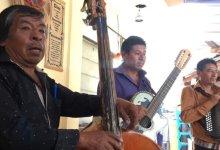 Photo of Músicos guardan sus instrumentos y luchan contra la crisis del Covid 19