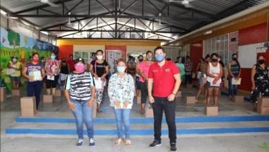 Photo of Entrega DIF Petatlán despensas para escuelas