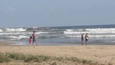 Photo of Denuncian presencia de turismo en las playas de Troncones pese a contingencia sanitaria por Coronavirus