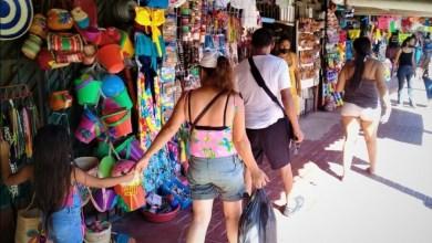 Photo of Escasa presencia turística en mercado de artesanías en días de asueto