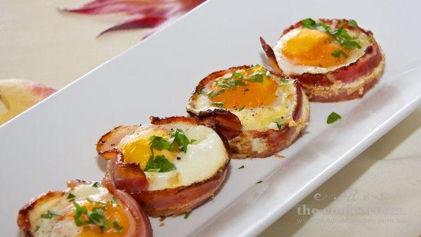 jajka-pieczone-w-bekonie