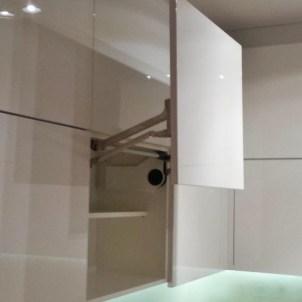 meble na wymiar do kuchni, detal szafki kuchennej