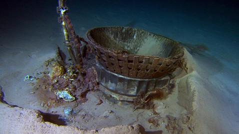 ht thrust chamber tk 130320 wblog Amazon CEO Recovers NASAs Apollo Engines from Ocean Deep