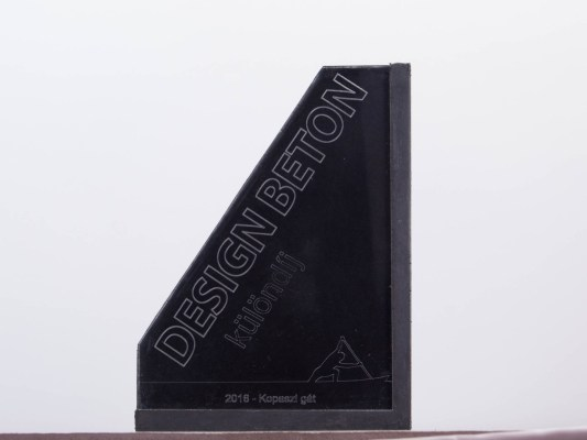 Design beton special award concrete trophy