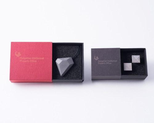 Concrete pendant and cufflinks in giftbox