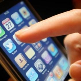 احذر المكالمات الاستدراجية فخ المحتالين للحصول على بيانات الهوية