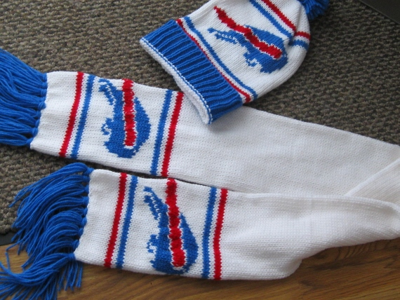 Bill's hat and scarf (4)